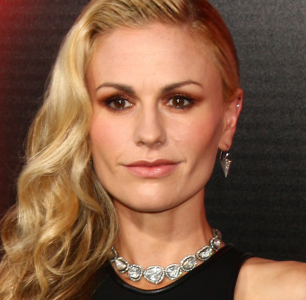 """Yes, Anna Paquin is """"Queer Enough."""""""