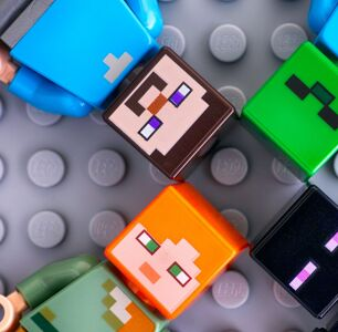 Minecraft's Pride Championship Teams are Painfully White, and People are Pissed