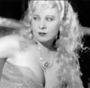 Mae West is a Gay Icon for a Reason