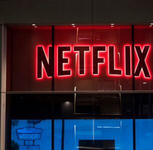 Netflix suspends trans employee after viral tweets about Dave Chappelle special