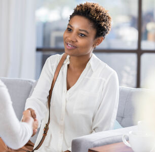 4 Questions that Women of Color and LGBTQ+ People of Color Should Ask Every Therapist
