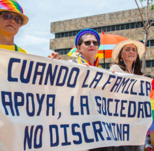 Costa Rica Overturns Same-Sex Marriage Ban, Couples to Marry in 18 Months